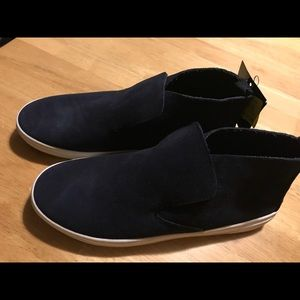 dv Navy Suede Roselyn Sneakers Size 7.5